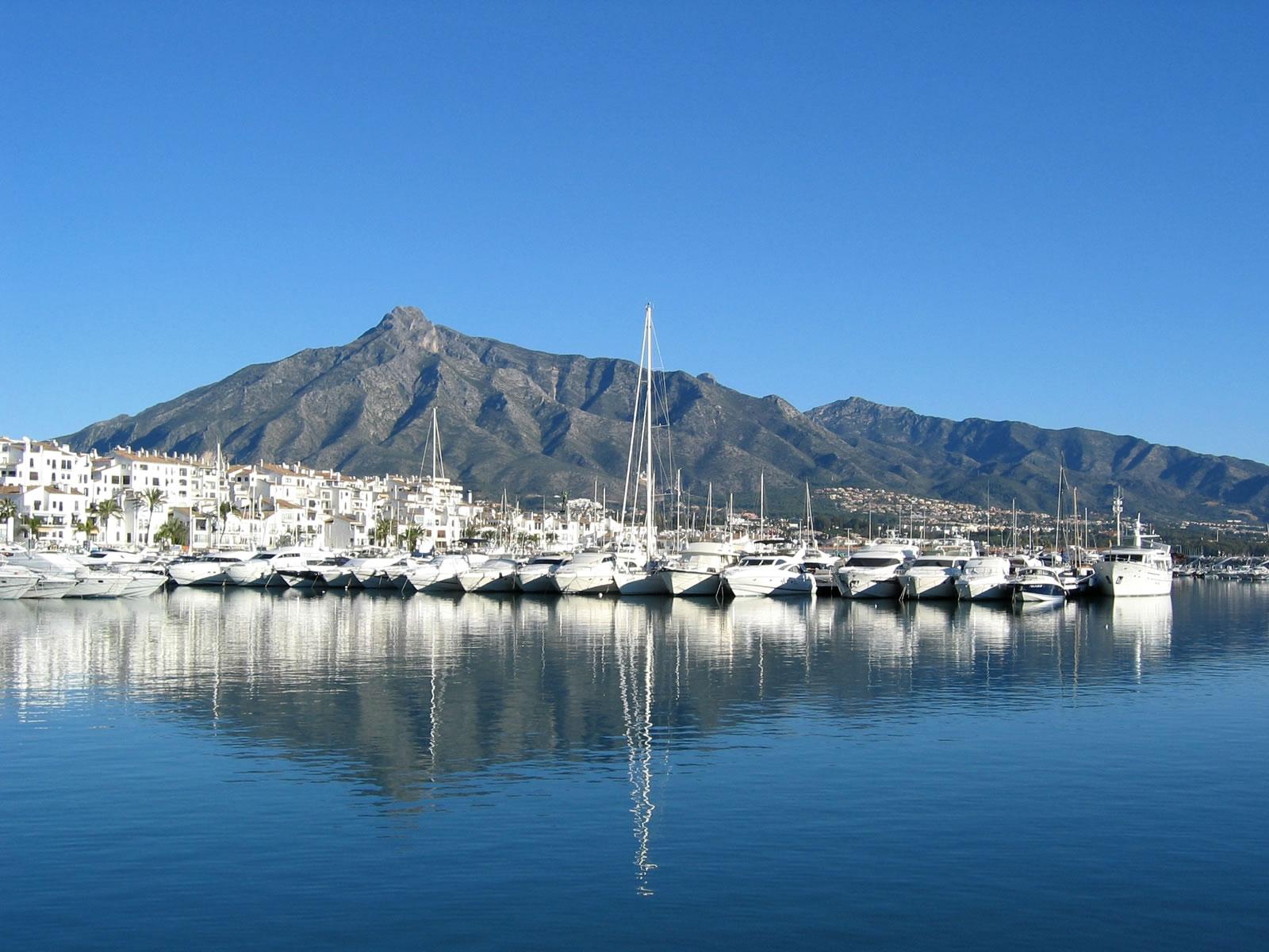 Marbella_Puerto_Banus