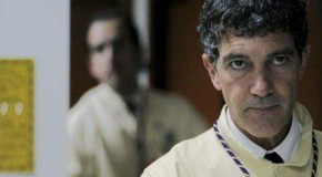 Antonio Banderas in native Malaga for Easter