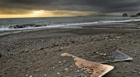 Spain to rescue battered beaches