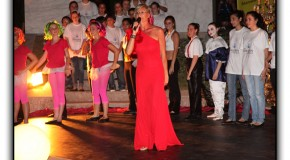 Manuela Veronese and F.A.M.A at the Children for Peace Gala 2011