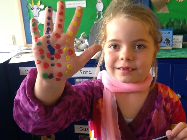 Victoria from Year 3 was hands on at painting