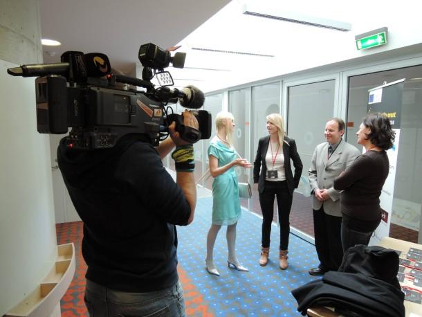 Meeli Interviewed by Media