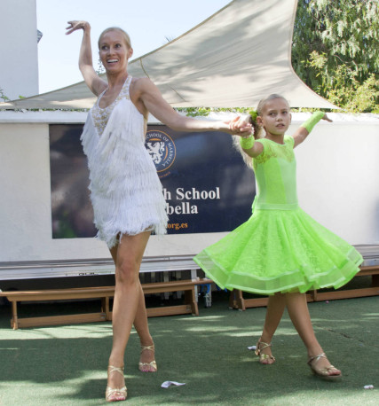 Daria and her mum Olga performing at the event