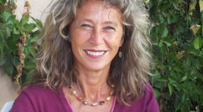 World Fine Art Professionals and their Key-Pieces, 101 - Patty Schilder